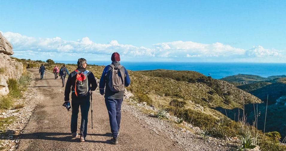 hiking-parc-natural-peninsula-llevant-955x505_c
